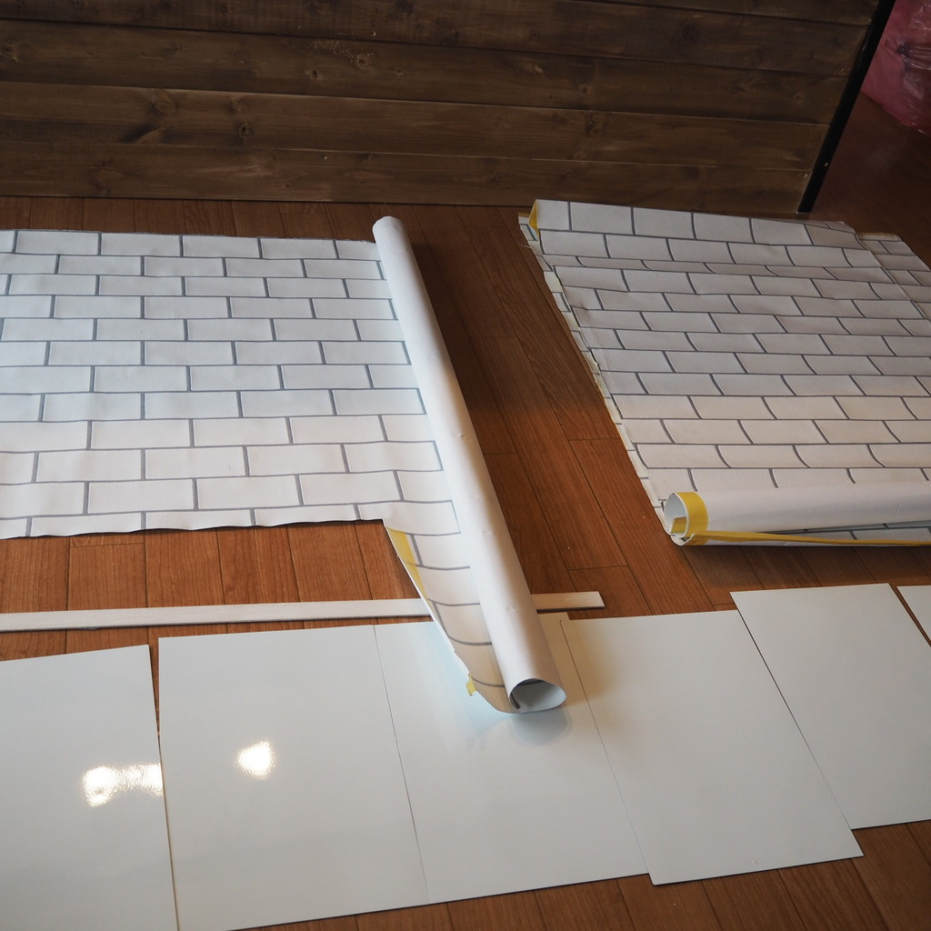 Diy記録 給湯器を黒板に キッチンパネルに壁紙張り Ehamiの賃貸diy