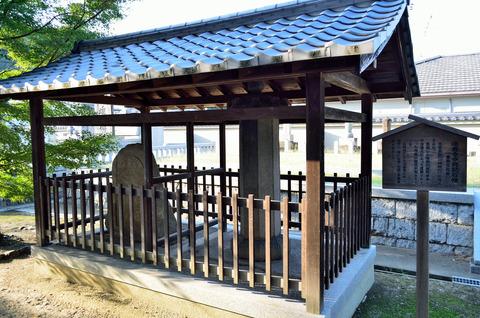 達磨寺中興記石幢