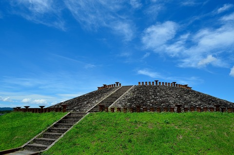 三吉石塚古墳の風景