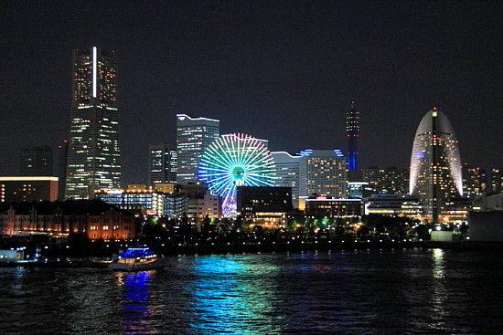 横浜大桟橋 ^-^v