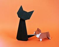 折り紙(猫と犬) 中学生(小平五中)の体験学習  2019(R1)0910  11  13  特技に『折り紙を折る』という方がいて猫と犬の折り紙を作って来てくれました。お見事!!