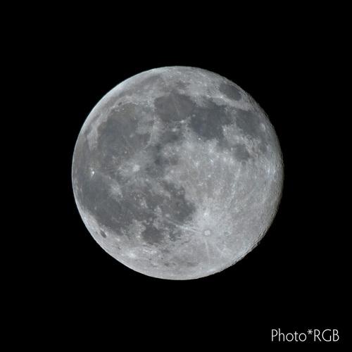 昨夜の満月 D2Xs