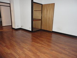 メゾンドール新町202洋室1