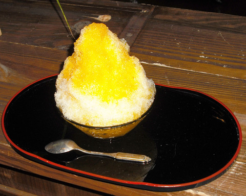 かき氷マンゴー