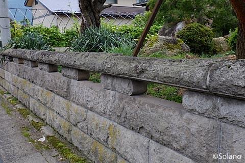 中川駅周辺、中川石の石垣