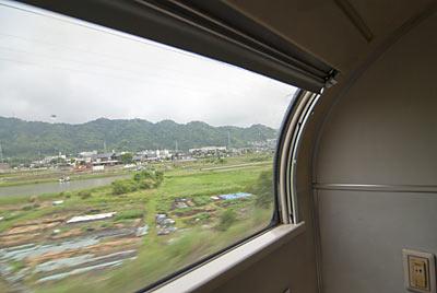 寝台特急富士、個室からの車窓