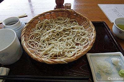遠江一ノ宮駅「百々や」の蕎麦