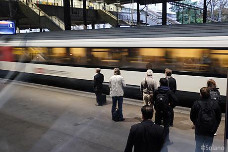 スイス国鉄側、バーゼル駅、SBB駅