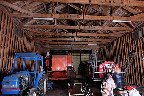 沼牛駅前の農業倉庫