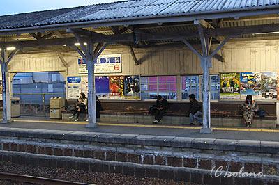 JR西日本・高野口駅の待合所