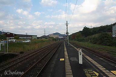 日田彦山線・石原町駅プラットホーム