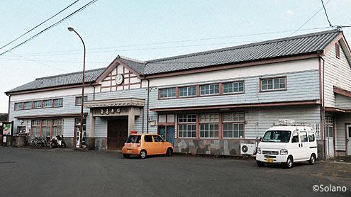 島原鉄道・南島原駅の洋風木造駅舎