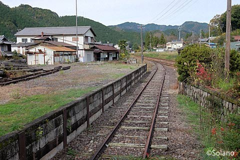 長良川鉄道・大矢駅、側線跡など駅構内