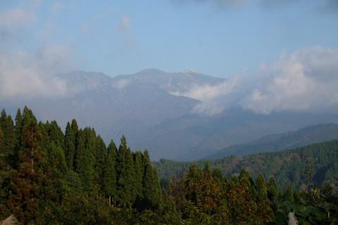 161020_05石川「林道白木峠線の白山の見える展望台」37