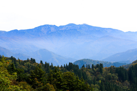 161021_01石川「林道白木峠線と白山」318-3