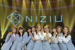 日本人グループ「NiziU」は韓国で愛されているのか? 「K-POPか、J-POPか論争」