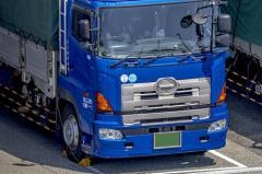 平均月給31万円だが「トラックの運転手」が金持ちになるワケ