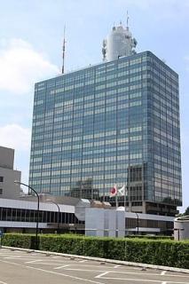 NHK受信料、全世帯徴収見送り 23年度までに引き下げ要請―総務省会議