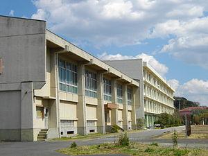 市川東高校