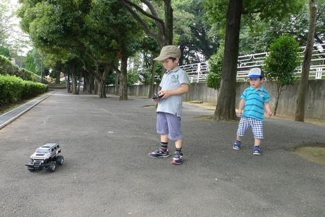 20110814 ラジコン兄弟