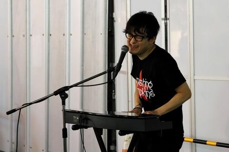 20180608 新谷隼平 池袋路上ライブ-17