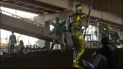 仮面ライダーWゴリラ公園3
