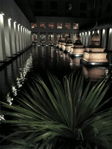 水の中庭�