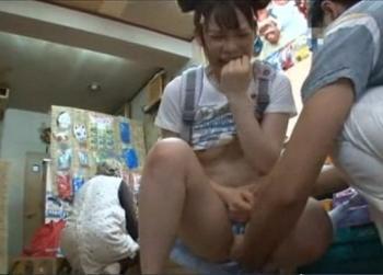 【長編・JSレイプ】駄菓子屋で警戒心の少ない幼い子ばかりを狙った変態鬼畜レイプ魔の実態