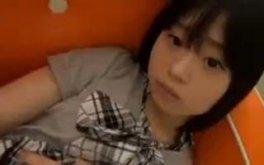 【小咲みお 】かわいいショートカットつるぺたロリ美少女JCアイドルの色々見えちゃいそうなエッチな個人撮影会