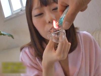 脱法媚薬を吸わされAV出演したモデル級美女が感じすぎて泡ふき痙攣マジイキSEXで昇天! 川菜美鈴