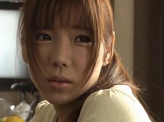 早川瀬里奈 可愛い兄嫁をレイプする様子を写メにとって強請ろうと企む義弟が襲い掛かる