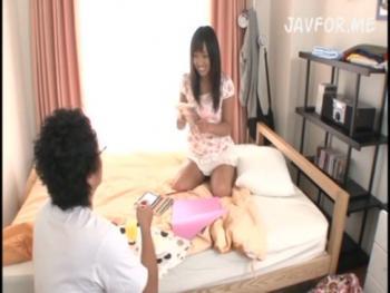 【ロリ】好奇心旺盛なツルまん少女がお兄ちゃんに性教育されるwwww