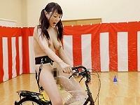 《企画》アクメ自転車再び、強力な振動が乙女達に子宮を直撃し潮を撒き散らす《浜崎真緒、他》
