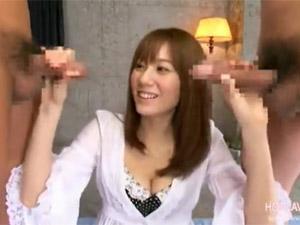 麻美ゆま デカチンと長チンを味くらべする巨乳痴女お姉さん