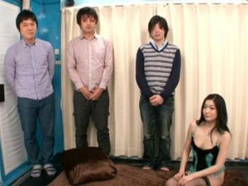 ファンの素人男性とマジックミラー号でヤリまくる元芸能人のAV女優!江波りゅう