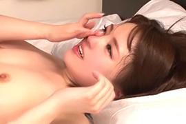 埴生みこ セックス後に感激の涙を流すロリ美少女