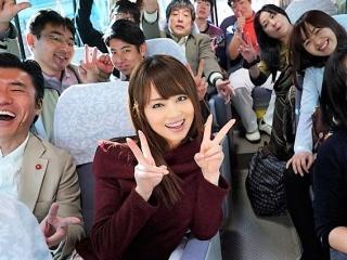 【吉沢明歩】慰安バスツアーNTR 妻の社員旅行ビデオにウツ勃起!【寝取られ】