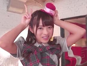 つんくプロデュースの某アイドルグループで人気ナンバー1だった美少女がAVデビュー! 桜もこ