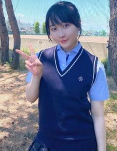 本田望結(17)青森山田高校のJK制服姿を披露、案の定コメントがヤバい事態に