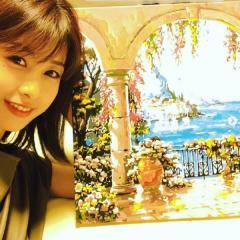 加藤綾子、2作目となる油絵を披露で大反響「色合いが綺麗」「絵よりも顔見て?」