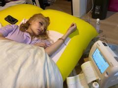加藤紗里が自宅出産を動画生中継 陣痛中も配信