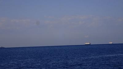 大型貨物船や自衛隊の船