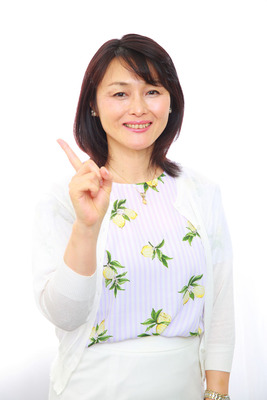 諛ク雉・繝医ャ繝輔z蟇セ隲・093A0310