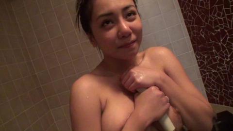 22歳のハーフ系美女『メイ』_049