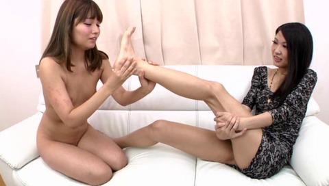 足の指ナメフェチ画像-046