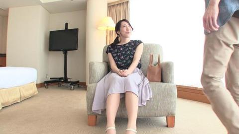 竹内瞳 (22)