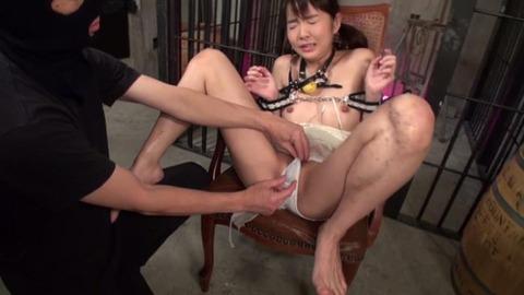 完璧な性奴隷、早乙女ゆいと金井みおのエロ画像-002