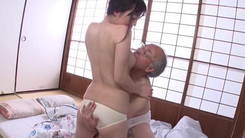 斉藤みゆ (32)