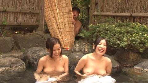 露天風呂-3p-03
