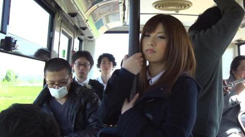 伝説的スーパーアイドル、成瀬心美のエロ画像48枚目